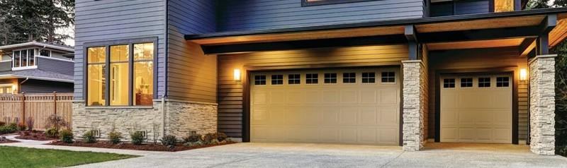 Model 790 Garage Doors